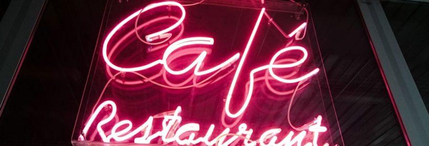 Supports publicitaires attractifs : choisir l'enseigne néon