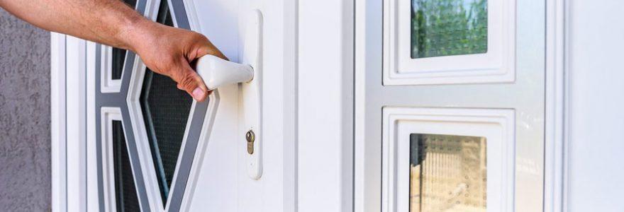 Installation de portes d'entrée : contacter un spécialiste en ligne