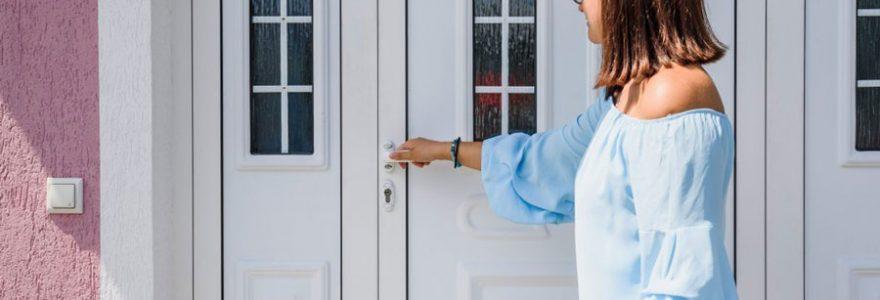 Matériaux de portes d'entrée : pourquoi choisir le PVC ?