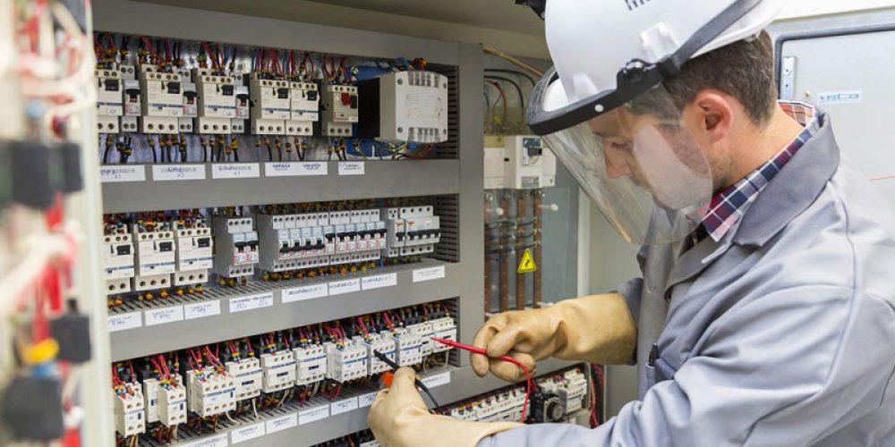 Trouver un artisan électricien pour des travaux domestiques en Belgique