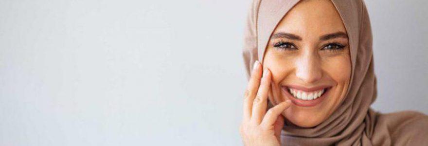 Comment se couvrir la tête avec le hijab ?