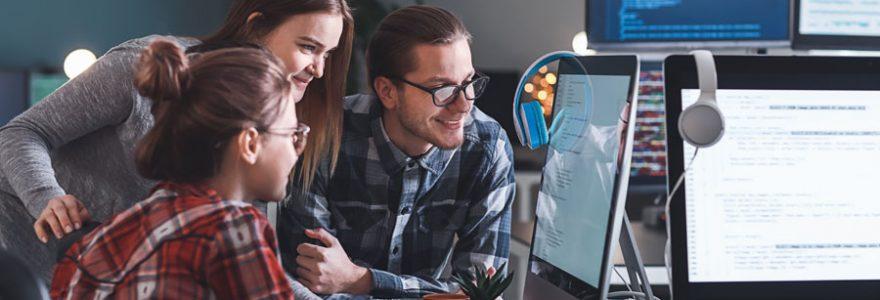 Emploi informatique : comment lancer sa carrière ?